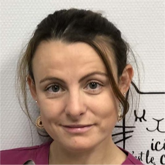 Docteur vétérinaire Julie TRIBOUT